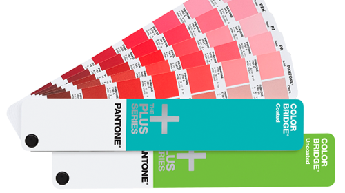 Pantone PLUS Fächer coated und uncoated